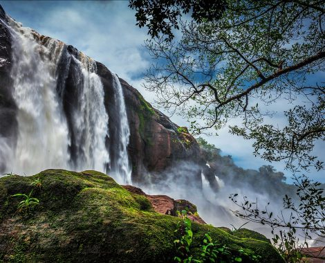 1200px-Athirapally_Water_falls